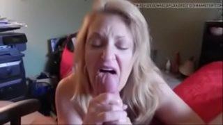 Blowjobs MILF Mom- Free Wife Por.MP4